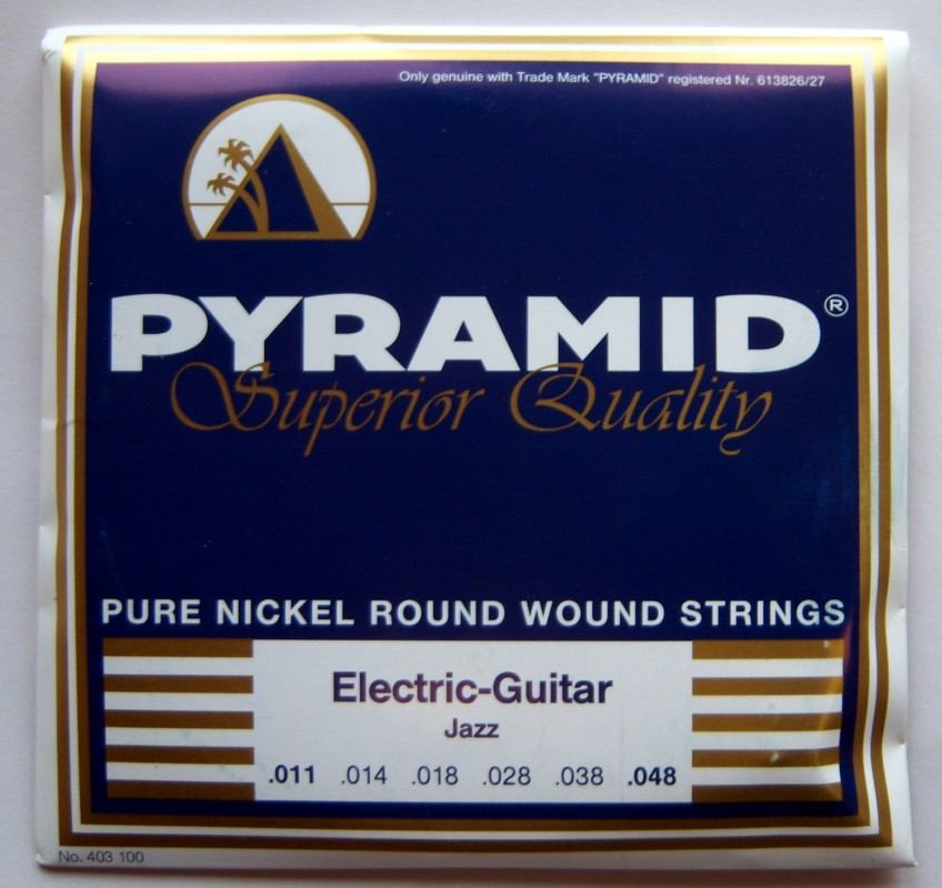 Pyramid 403 100